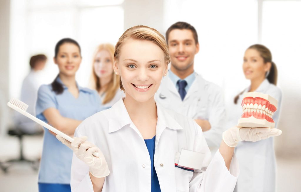 Who is the best Periodontist plantation?